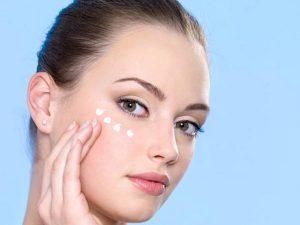 Chăm sóc da vùng mắt đúng cách